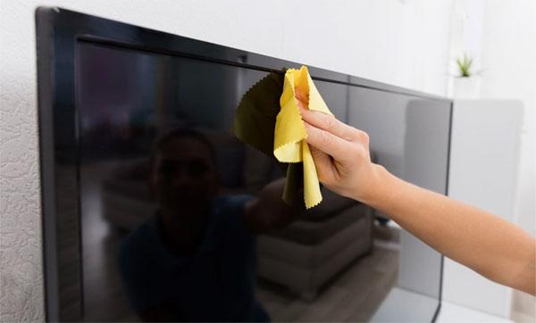 Como cuidar da tela de TV LED