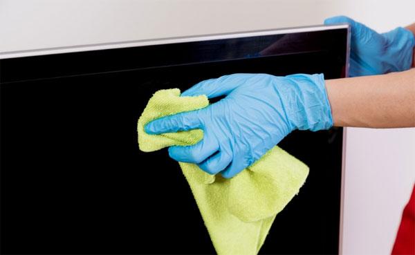 Como limpar tela de TV LED